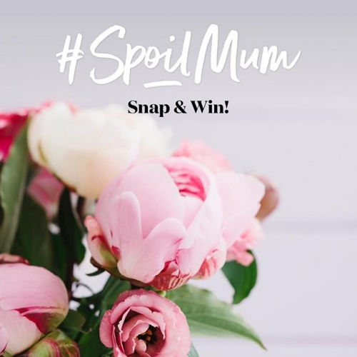 You could WIN one of four $250 Pamper Packs! 💕 To enter, simply: 1. Visit Lakelands and snap a photo in the Mother's Day display 2. Upload to Instagram with #spoilmum 3. And tag @Lakelands_ T&C's apply: http://bit.ly/LakelandsSnapandWin . . . #lovemandurah #mandurahmums #everythingmandurah #hunter.gatherer.style #mothersday #lakelands #lakelandsshoppingcentre #byISPT