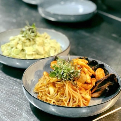"""""""Every visit has been wonderful. Large portions, attentive staff, nice atmosphere and good amount of space between tables so you don't feel squished in."""" For endless pastabilities and good times, schedule in a spaghetti date at Sarba's  . . . #pasta #italian #foodie #spaghetti #delicious #italianfood #lakelands #lakelandsshoppingcentre #byISPT #sarbasitalian"""